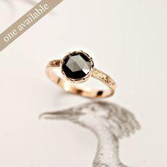 18ct red gold, black diamond ring {No.32}
