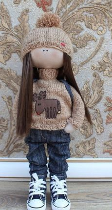Sew fashionable doll 1 of 2 Mini E, Doll Making Tutorials, Doll Painting, Doll Tutorial, Child Doll, Waldorf Dolls, Sewing Toys, Soft Dolls, Soft Sculpture