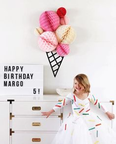 Ice cream party wall decor idea