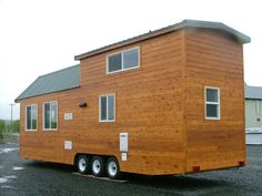 Rich the Cabin Mans Extra Long Tiny House on Wheels Photo