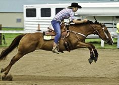My horse ALWAYS does this when leaving the third barrel My Horse, Horse Love, Horse Riding, Horse Tips, Barrel Racing Horses, Barrel Horse, Horse Photos, Horse Pictures, All The Pretty Horses