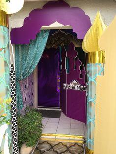 Andrea's Arabian Nights: Magalie Sarnataro's props : entrance of the house