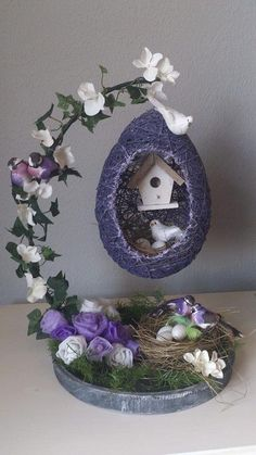 45 Festive Indoor Easter Decoration Ideas and Projects – HERCOTTAGE - bastelideen weihnachten Jute Crafts, Egg Crafts, Diy Home Crafts, Easter Crafts, Holiday Crafts, Crafts For Kids, Easter Décor, Diy Para A Casa, Diy Y Manualidades