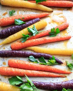 Maple roasted carrots are an easy vegetable side dish that you can throw together for any meal. Vegan and gluten-free, 5 ingredients or less. (Picture is after roasting with fresh parsley, final. Vegetarian Recipes Easy, Veggie Recipes, Healthy Dinner Recipes, Beef Recipes, Cookbook Recipes, Vegan Meals, Cooking Recipes, Easy Vegetable Side Dishes, Vegetable Sides