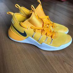 reputable site ac4e4 309fa Nike Shoes   Nike Hyper Shift   Color  Gold Yellow   Size  12.5