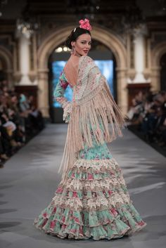 We Love Flamenco 2020 - Sevilla Flamenco Party, Flamenco Costume, Outfits For Spain, Evening Gowns, Beautiful Dresses, Boho Chic, Style Inspiration, Elegant, Formal Dresses