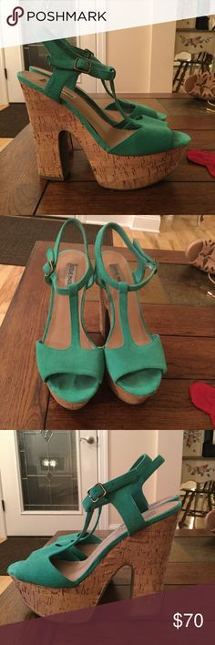 Steve Madden Gloria Green Suede Open Toe Platform Steve Madden. Size 10. Gloria green suede open toe platform wedges with cork heel. PERFECT SUMMER SHOES. Steve Madden Shoes Platforms