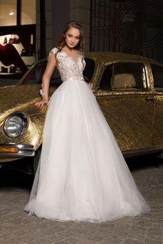 Long Dress Princess Wedding Dress, 3D Floral 2020 Wedding Dress #weddingdresses #weddingshoppingdress #weddingdress #weddinginspiration #weddingphotography #bridedress #bridelove #bridetobe