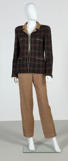 Chanel Auktion Lot 73: Chanel Hosenanzug aus der Autumn Collection 1998, Größe 38 cm