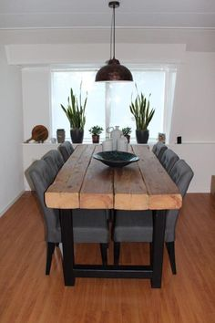 Dining Room Table Decor, Dining Room Design, Living Room Decor, Wooden Dining Tables, Furniture Plans, Wood Furniture, Furniture Design, Diy Home Decor, Interior Design