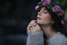 Calyxta December Cover Girl Mari-Jasmine in Medusa's Makeup Metallic Eyeshadows Coming Up Roses, Cover Girl, Eyeshadows, Art Direction, Jasmine, December, Metallic, Makeup, Girls