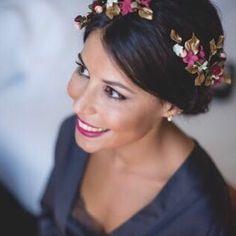 """652 Likes, 26 Comments - Paula-Le Touquet (@tocadosletouquet) on Instagram: """"Un hurra por Cris!!! Ayer fué su boda y no sabéis lo ideal que estaba con esta corona abierta!…"""""""