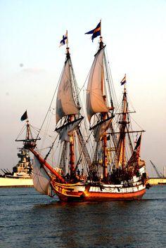 Tall Ship Sailing Kalmar Nyckel