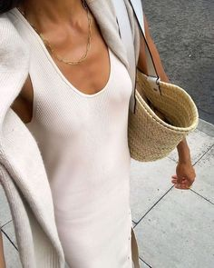 Mode Outfits, Trendy Outfits, Fashion Outfits, Womens Fashion, Fashion Trends, Fashion Hacks, Fashion Bloggers, Fashion Tips, Vogue
