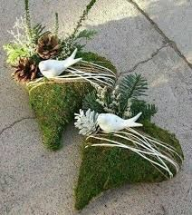 Great Totally Free Funeral Flowers with picture Thoughts Whether or not you will be coordinating and also visiting, funerals are always the sorrowful and from time to . Grave Flowers, Funeral Flowers, Diy Flowers, Deco Floral, Arte Floral, Funeral Flower Arrangements, Floral Arrangements, Cemetery Decorations, Christmas Wreaths