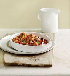 Boulettes de porc aux pignons, coulis de tomates