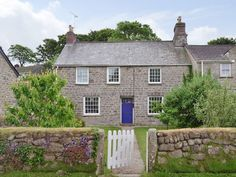 Get details on The Old Vicarage in Praa Sands, near Penzance, Cornwall with Hoseasons. View availability, or book online. Praa Sands, Holidays In Cornwall, Old Things, Cottage, Cabin, House Styles, Outdoor Decor, Home Decor, Decoration Home