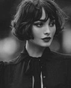 412 Likes, 7 Comments - Fantastic Portrait Portrait Inspiration, Hair Inspiration, Taylor Lashae, Face Photography, Dream Hair, Woman Face, Pretty Face, Hair Inspo, Bob Hairstyles