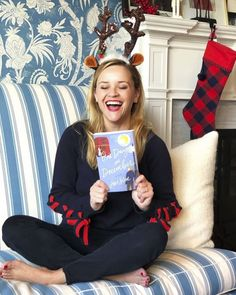 From her favorite thrillers to novels and how-to guides, see which books Reese Witherspoon picked for her Hello Sunshine Book Club in and 2017 Book Club List, Book Club Reads, Book Club Books, Good Books, Books To Read, Book Lists, Reese Witherspoon Instagram, Reese Witherspoon Book Club, Luckiest Girl Alive