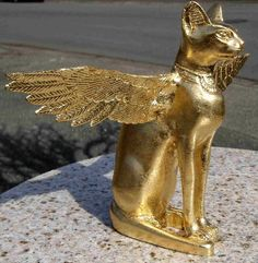 I took a resin cast figurine of the Egyptian cat god . Cats In Ancient Egypt, Ancient Egyptian Deities, Egyptian Goddess, Ancient Artifacts, Ancient Civilizations, Bastet, Cat Icon, Egyptian Cats, Gods And Goddesses
