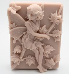 soap carving idea for kids! Diy Soap Carving, Soap Sculpture, Lavender Crafts, Decorative Soaps, Soap Making Recipes, Soap Molds, Silicone Molds, Perfume, Art Carved