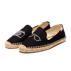This pair has a camera on it. ... ... I am done. $65.00 with Free shipping ... ... Smoking Slipper Embroidery .... Size 9 if anybody cares to buy me a pair.