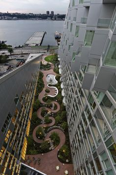 Por que a arquitetura corajosa do BIG deve ser celebrada e premiada   ArchDaily Brasil