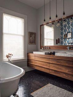 En quête d'une idée déco salle de bain bois à rendre l'espace plus chaleureux et plein de charme authentique ? Les revêtements, meubles et accessoires à ...