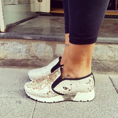 Sneakers - Chic Shoes