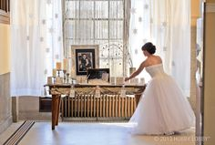 There's nothing frosty about this cozy, yet utterly romantic, décor. You can turn your warmest winter wishes into the wedding of your dreams—think muted metallics, dazzling whites and plenty of glowy candlelight.
