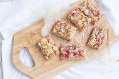 Готовим вместе: песочные квадратики с джемом и посыпкой Dairy, Bread, Cheese, Cookies, Recipes, Food, Crack Crackers, Brot, Biscuits
