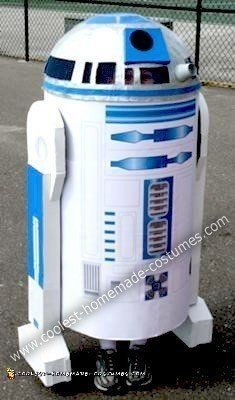 Coolest+Homemade+R2D2+Costume