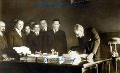 9 Eylül 1923 Atatürk CHP'yi kurdu 11 Eylül 1923 Genel Başkan seçildi.