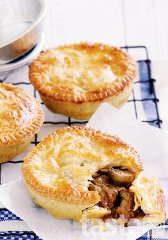 Tender bite-sizes pieces of beef are hidden beneath crisp, golden pastry. (Photography by Mark O'Meara; Recipe by Michelle Southan) individual Chunky Beef Pies. Think Food, Love Food, Quiches, Beef Pot Pies, Mini Pot Pies, Mini Beef Pot Pie Recipe, Tapas, Cooking Recipes, Pastry Recipes