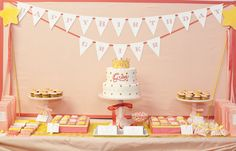 There's a fine art to creating a children's birthday party that is creative & stylish, yet still age-appropriate and centered on the kids. I think this princess-inspired dessert buffet designed by Amy Atlas for Brooke Shield's daughter Grier struck the. Dessert Table Birthday, Birthday Desserts, Dessert Buffet, Wedding Desserts, Dessert Tables, Cake Table, Table Party, Candy Buffet, Gold Dessert