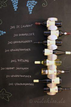Chalkboard - Tafelwand selbst bauen - wine rack - Weinregal - Videkiss.de