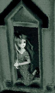 Cap'n nana...plein de maison de dolls sur son flickr...à explorer !