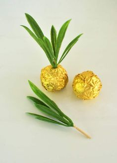 Pineapple party favors for your summertime celebrations!