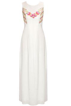 White pleated maxi dress by Ranna Gill. Shop now:http://www.perniaspopupshop.com/designers/ranna-gill #dress #rannagill #shopnow #perniaspopupshop