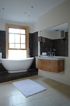 Diego Correa Interior Design's Design Ideas, Pictures, Remodel, and Decor Contemporary Bathrooms, Joinery, Corner Bathtub, Interior Design, Bespoke, Design Ideas, London, Inspiration, Pictures
