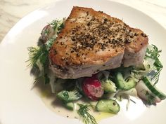 A diet of fresh, wild caught and sustainably sourced fish is an excellent source of protein and omega 3s critical for weight loss. Paired with organic radishes and fennel, the power of living greens i