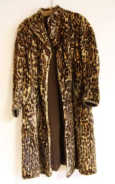 #beautiful #original #vintage #fashion #fur from #ocelot Quite rare stuff from #30s by #salonmody