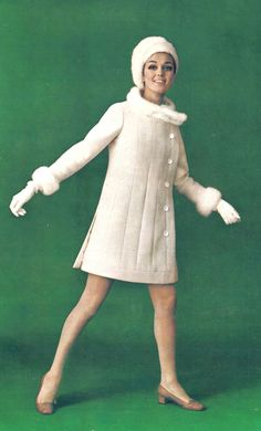 Valley of the Dolls Sixties Fashion, 60 Fashion, Retro Fashion, Vintage Fashion, Fashion Design, French Fashion, Gothic Fashion, Style Fashion, Christian Dior