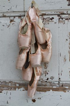 Pointe ~ Ballet Shoes