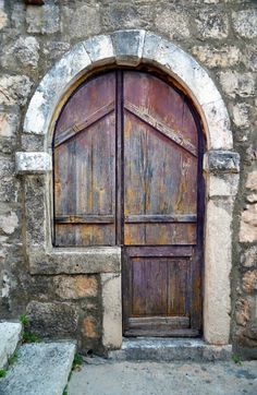 Cavtat, Croatia, door, old, rustic, bricks, curved, beauty, charm, architechture, photograph, photo