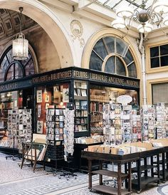 Books and things paris