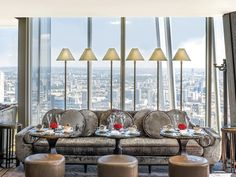 Minimoon Ideas: 5 of the Best Great British Getaways For Newlyweds - Browse our edit of the BEST destinations and cities for miniature but majorly luxurious honeymoons on Wedding Ideas today - including the show-stopping Shangri-La At The Shard. Hotels With Balconies, Shoreditch House, Shangri La Hotel, Comfy Bedroom, Soho House, Hotel Stay, Rooftop Bar, Great British, Skyline
