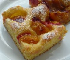Hungarian Desserts, Hungarian Recipes, Hungarian Food, Plum Pie, Looks Yummy, Sweet Cakes, Pound Cake, Cakes And More, Raspberry