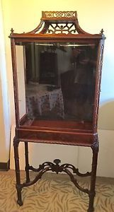 Antique-Mahogany-Chinese-Chippendale-Vitrine-Cabinet-2-Shelves-lighted