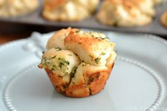 Mini Garlic Monkey Breads - Life In The Lofthouse Use 12 rolls & put 4 little balls per muffin cup